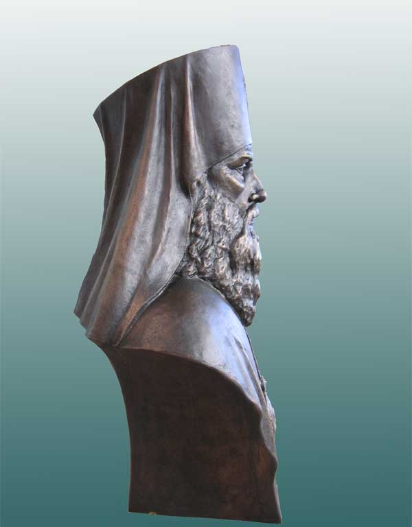Бронзовый бюст святителя Иннокентия Митрополита Московского