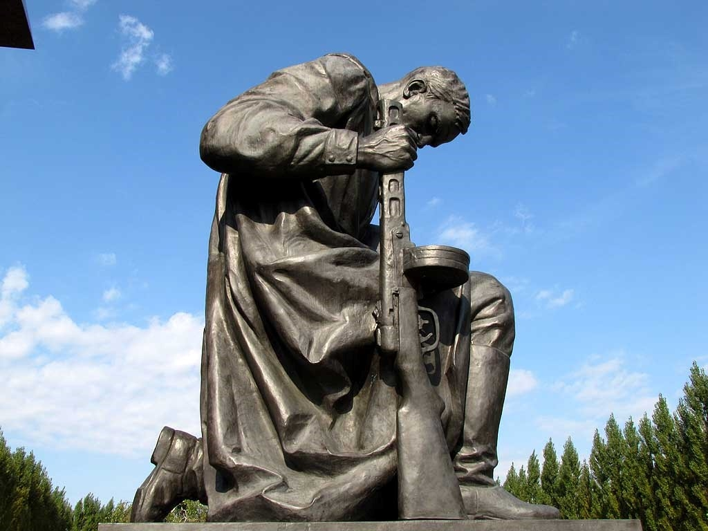 Изготовление памятников, надгробий, мемориалов